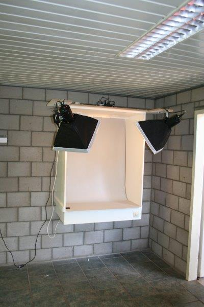 33-fk-op-maat-besteld-aan-de-muur-inclusief-apparatuur