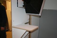 37-fk-standaardkast-met-extra-plateau-voor-laptop